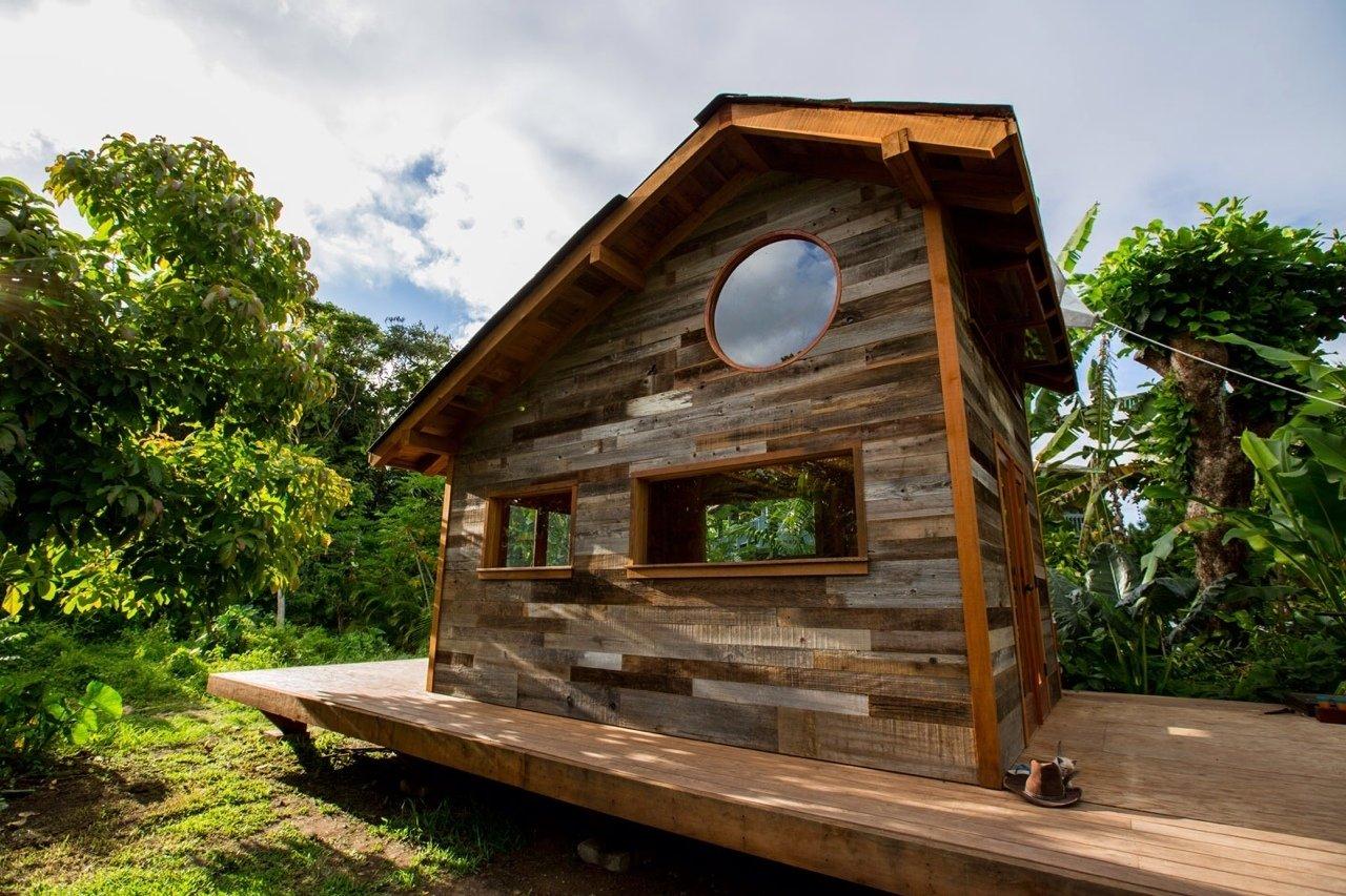 hawaiian hut wood exterior