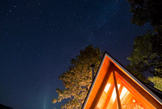 Perfectly located between Big Bear Lake and Lake Arrowhead, take in the gorgeous views from the big back deck. This charming and private A-Frame cabin is the ideal escape.