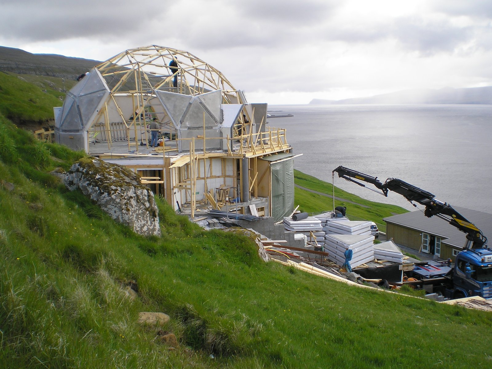geodesic dome home in building process