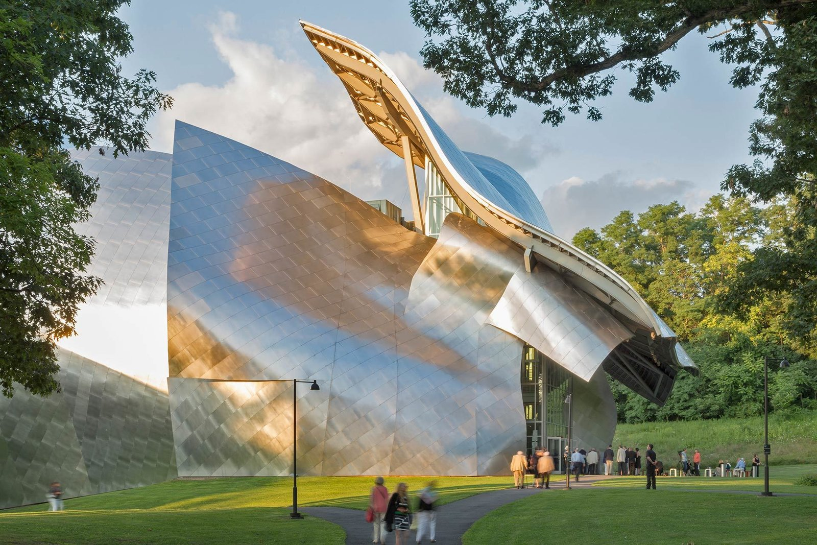 Exterior and Metal Siding Material For the Richard B. Fisher Center, Gehry worked in collaboration with acoustician Yasuhisa Toyota and a team of theater consultants.  Photo 8 of 14 in 13 Iconic Buildings Designed by Frank Gehry