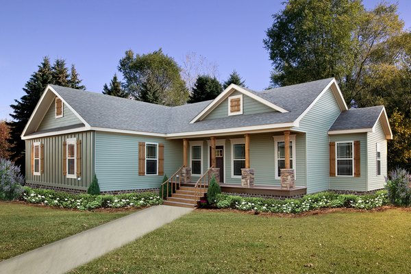 The Sanders family has been serving up modular homes on the Gulf Coast since 1985.