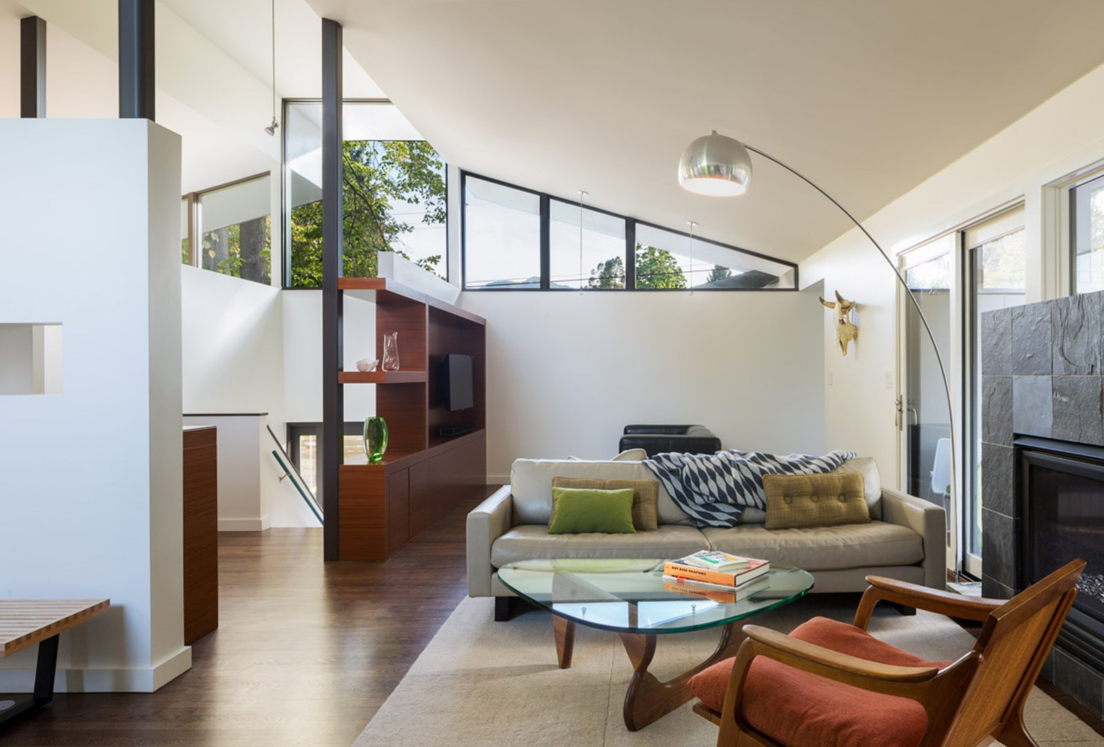 Mid Century Re-Modern by HMHAI - Dwell on Indoor Outdoor Living Room id=93854