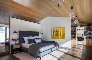 Best 60+ Modern Bedroom Dark Hardwood Floors Design Photos And Ideas ...