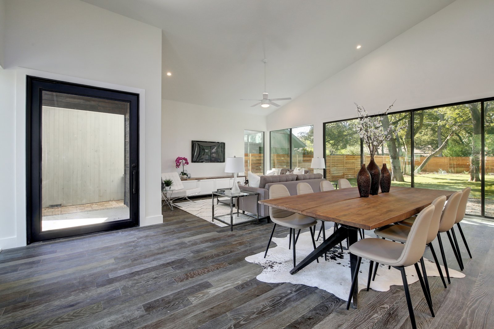 Strass Residence by Matt Fajkus Architecture | Photography: Twist Tours  Strass Residence