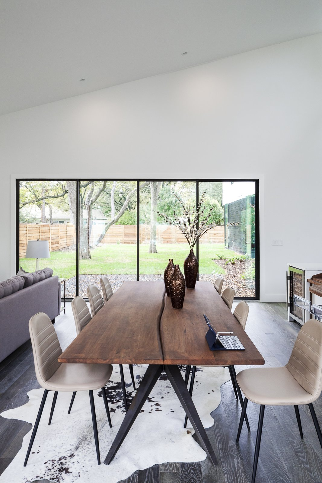 Strass Residence by Matt Fajkus Architecture | Photography: Atelier Wong Photography  Strass Residence