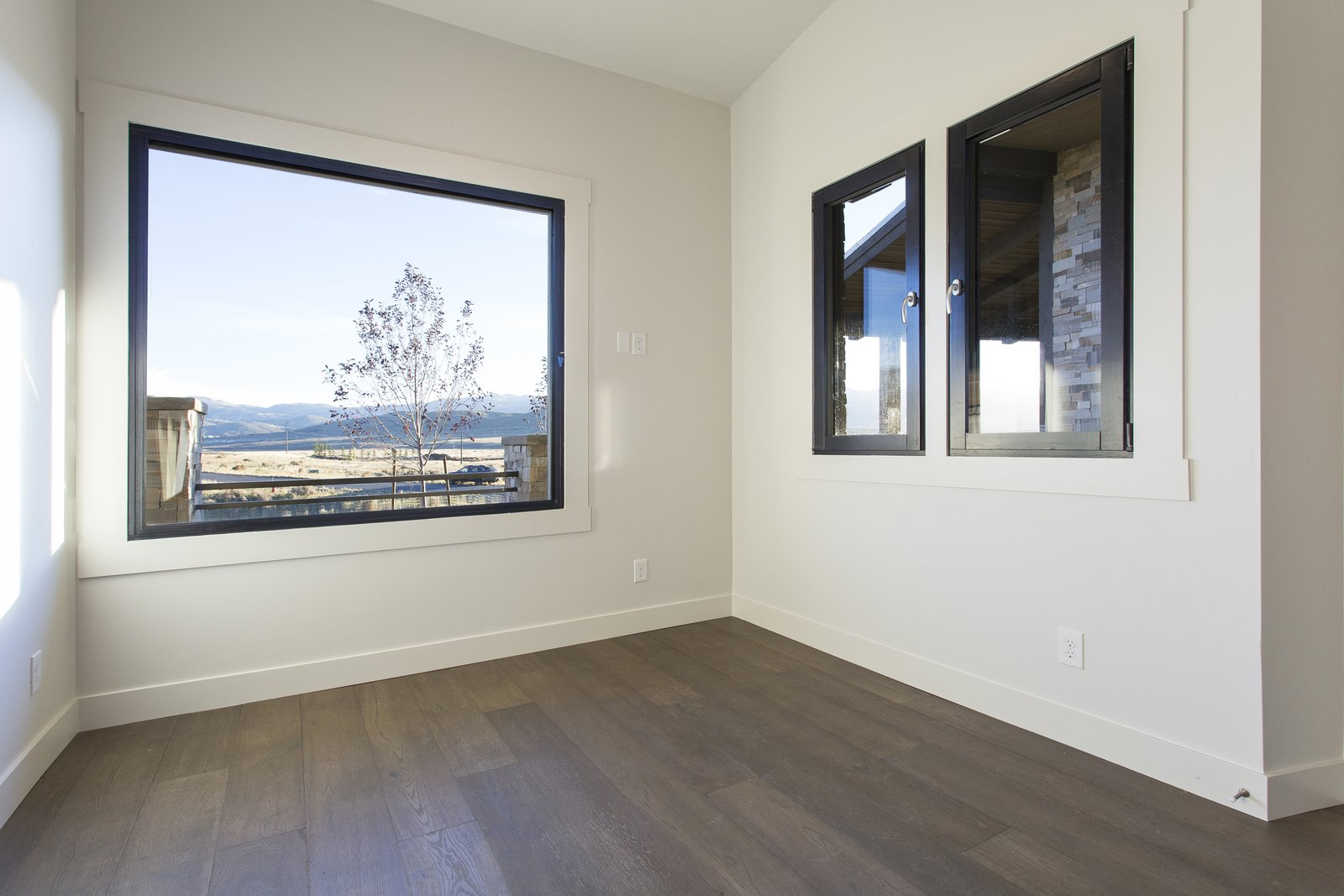 Office/Bedroom  Palisades 14