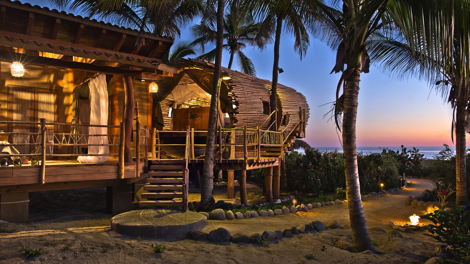 Exterior and Treehouse Building Type The Playa Viva tree house by ArtisTree  Photo 16 of 16 in Experience Tree-Top Living at One of These Sustainable Tree Houses