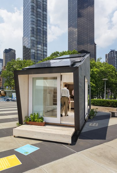 Because the unit was temporary, it didn't follow the typical permitting process of a micro-unit or home in New York City; what's more, because it was installed on land owned by the United Nations, local and federal codes and permits did not apply.