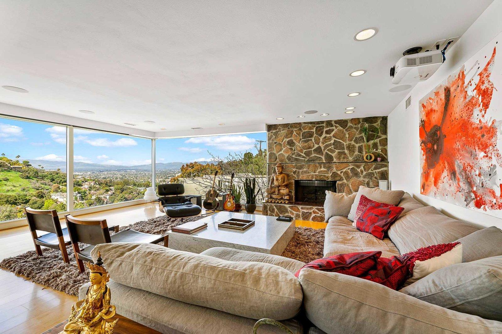Richard Neutra Platform House living room