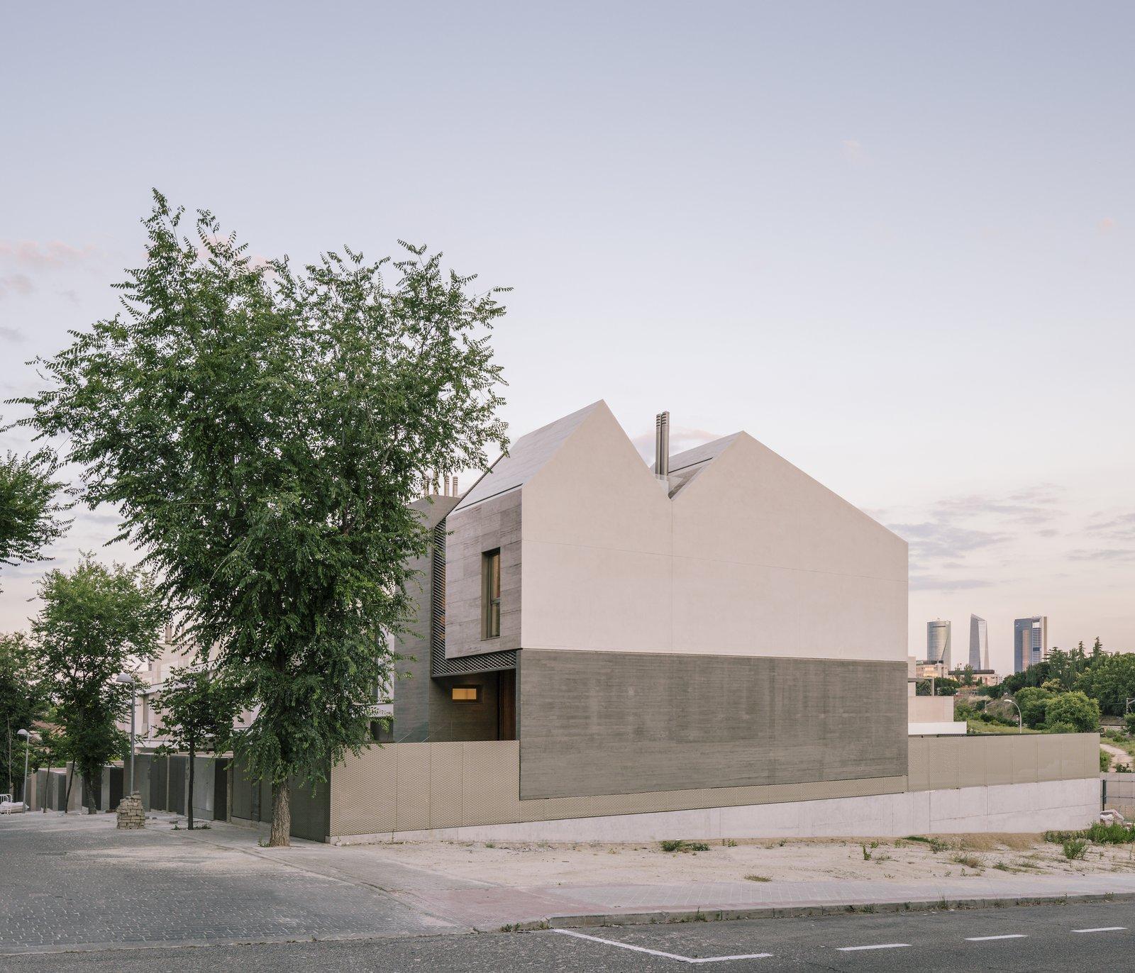 Sierra House exterior