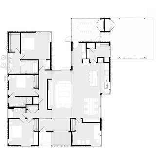 Ridgeview House takes its H-shaped form from the original home on the site with a small addition to the south for an enlarged kitchen.