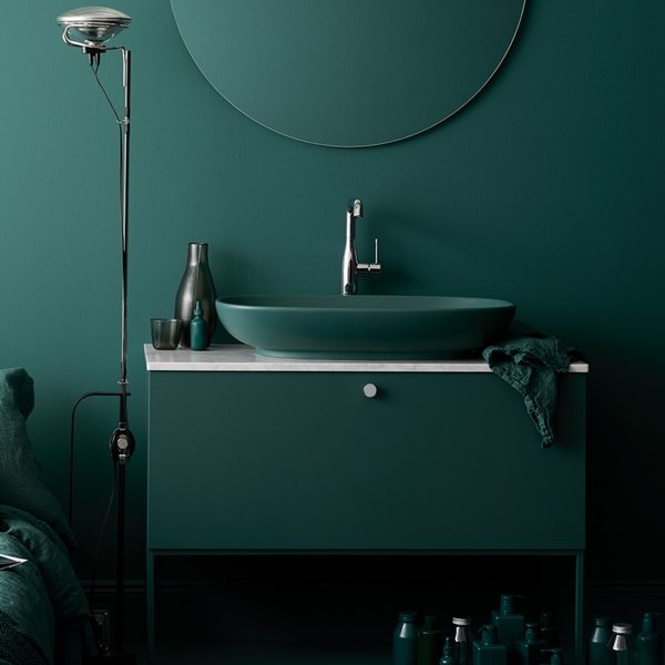 The Studio vanity unit from Swoon was designed so that it works well in both small and large bathrooms, with lots of flexibility in terms of color, basin, wall or floor mount, and with or without a tap or faucet hole for wall-mount or regular faucet locations.