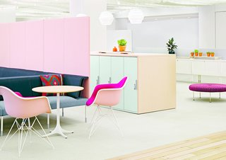 """More recently, Herman Miller has continued to remain one of the biggest names in office furniture, and they introduced the Living Office line in 2013 at the NeoCon trade show. Living Office is an all-encompassing concept that current tools, technology, and management methods need to be """"naturally human"""" if creativity and ideas are to thrive. In order to facilitate this type of living—both at home and in the office—Herman Miller sought to leave behind the status quo in workplace design and move towards a new model that was based on collaboration, mobility, technology, and innovation. Places to sit together, that emphasized flexibility, were a key part in the series. (Living Office presentation at Herman Miller Showroom, Chicago, during NeoCon trade fair, 2014.)"""