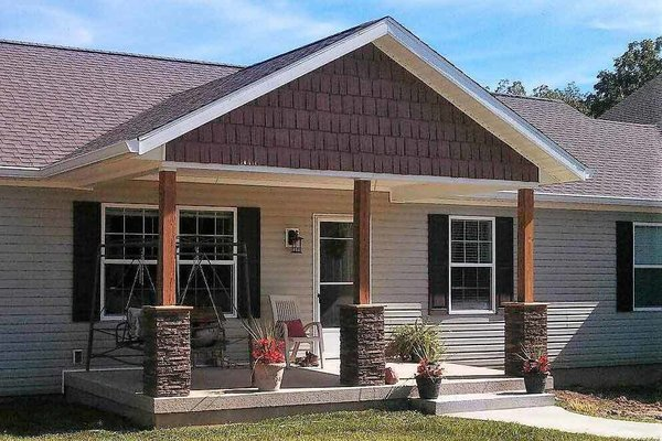 Located in Goshen, Indiana, Sherlock Homes is a custom manufactured home builder that works with three of the largest modular home suppliers in the nation. They offer floor plans ranging from under 600 square feet to over 2,000 square feet.