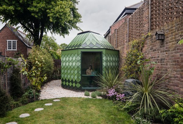 """In the design of the pavilion, architect Ben Allen noted that client was """"keen to use VOC free materials (partly also due to the fact that they have young children - one of whom has allergies)."""