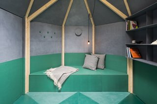 The back half of the pavilion features a deep bench—the perfect space for extra storage, reading, and a pull-out bed.