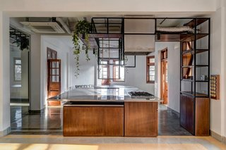 Before & After: An Art Deco Apartment in Mumbai Becomes a Couple's Creative Headquarters