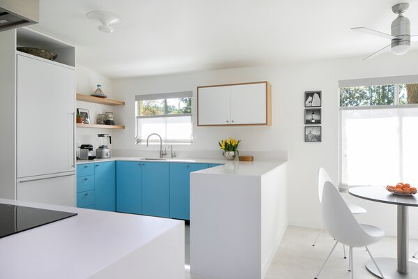 """Designed by midcentury California architect Charles Du Bois (known for his A-frame homes in Palm Springs), this residence on Mulholland Drive in Los Angeles is the new and """"forever"""" home of designer Leonora Mahle and her family."""