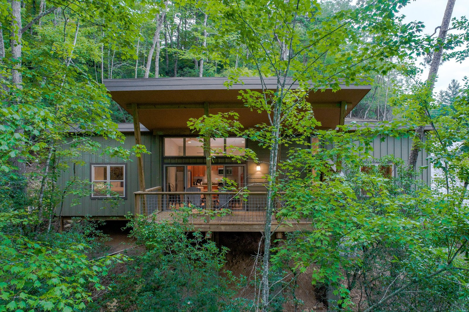 Pilot Cove Forest Lodging Modern Home In Brevard North