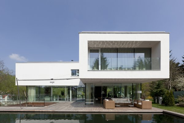 Terrace in the south  360° Villa by Architect Zoran Bodrozic