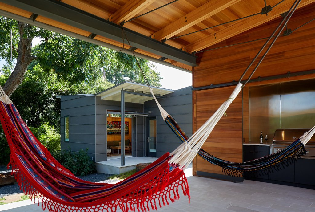 outdoor living / hammock room  House 117