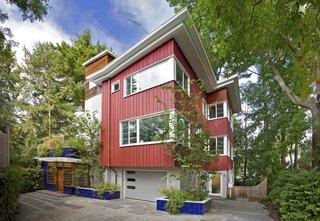 Sustainable Urban Villa
