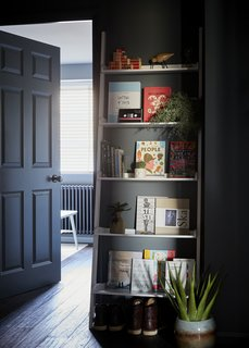 Stylish display shelving in the entrance hallway.