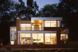 Though Joseph Tanney of Resolution:4 Architecture was originally against prefabricated modular home building, he came to appreciate the medium once he recognized the different types of advantages it brings to the architect and builder.