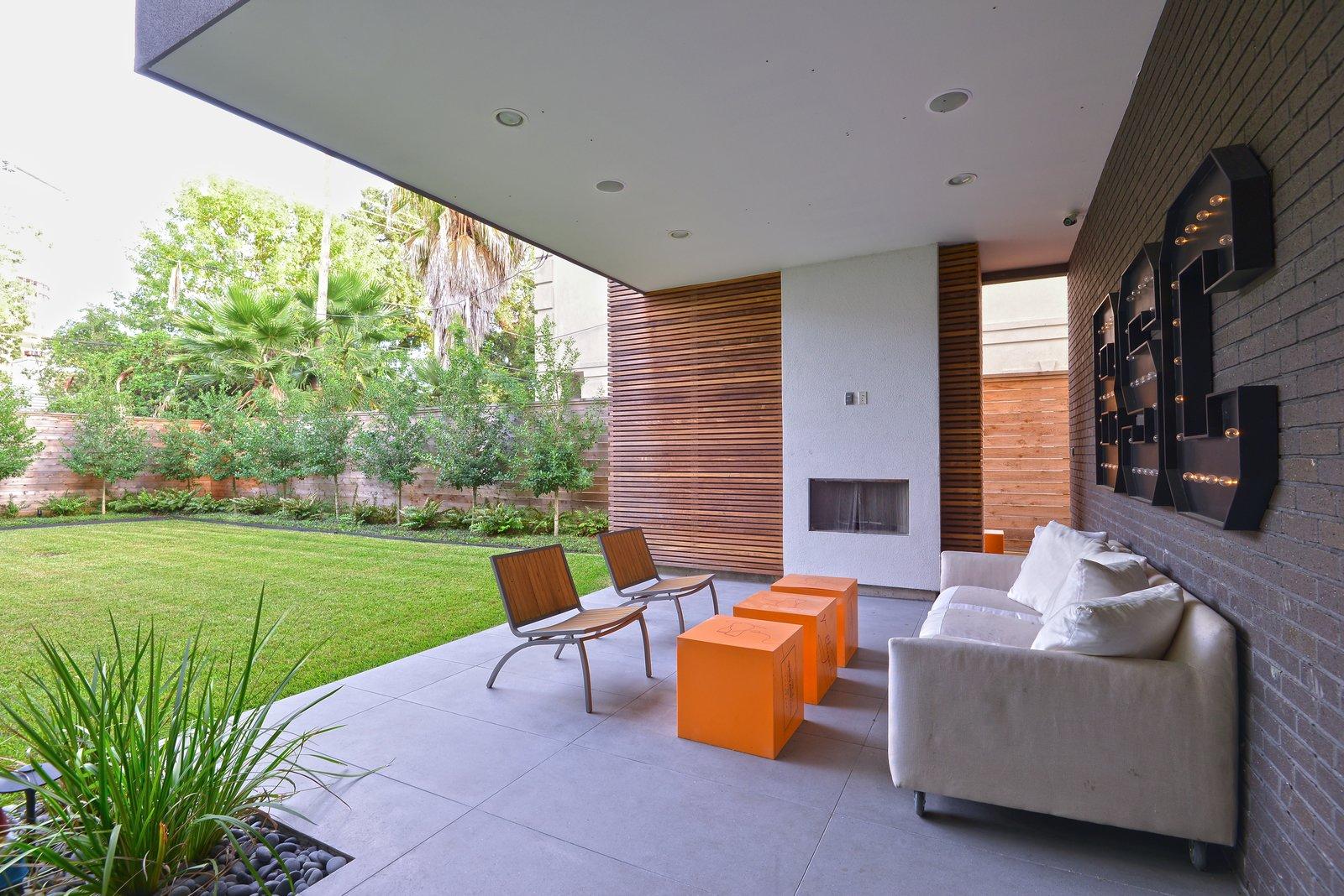 Outdoor Patio  Upper Kirby by John Leggett + On Point Custom Homes