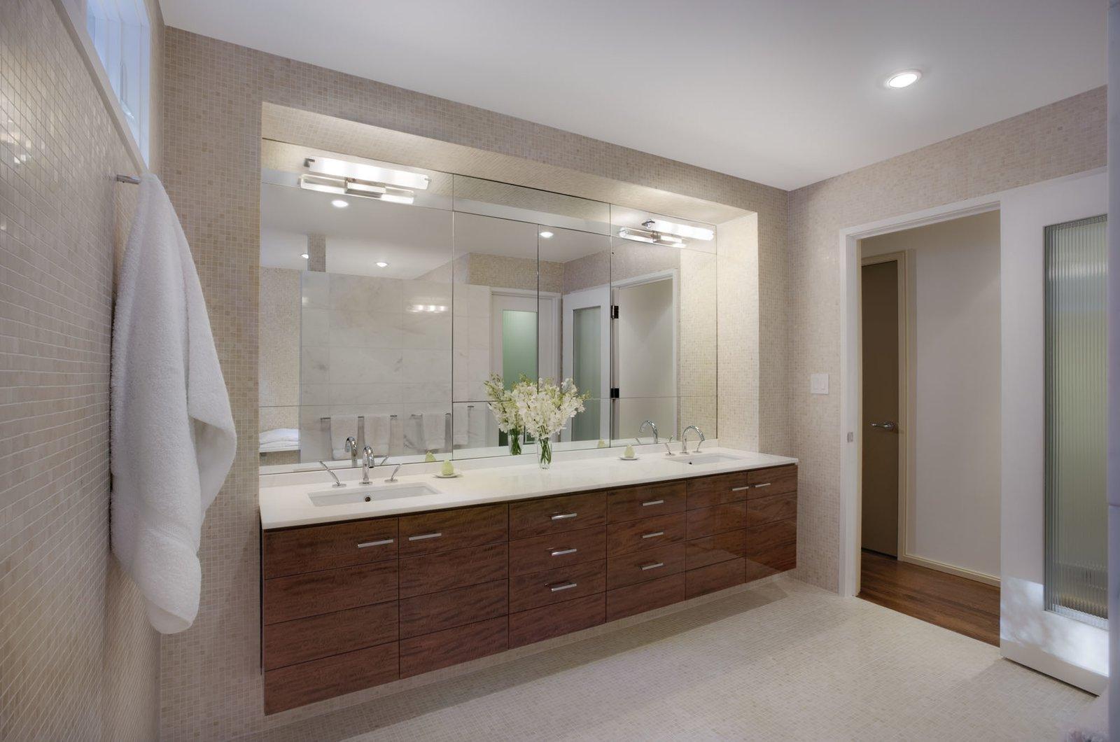Master bathroom  Hayes Residence