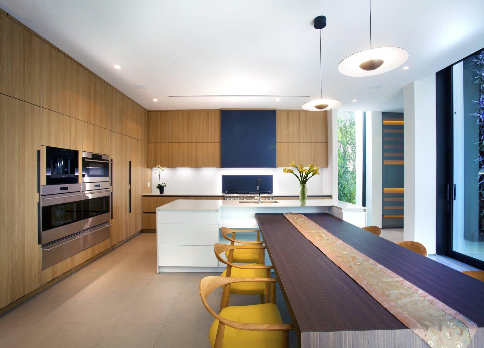 Kitchen  Allison Road Residence by Choeff Levy Fischman