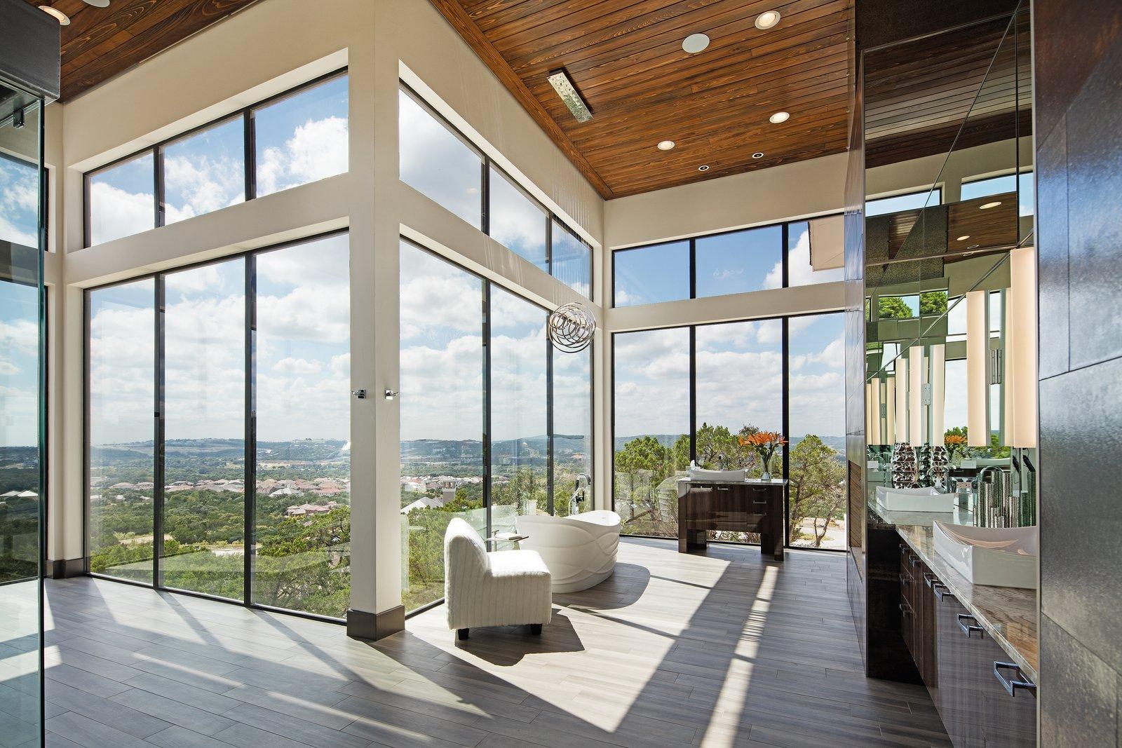 MASTER BATH  ALTURA HOUSE by OSCAR E FLORES DESIGN STUDIO
