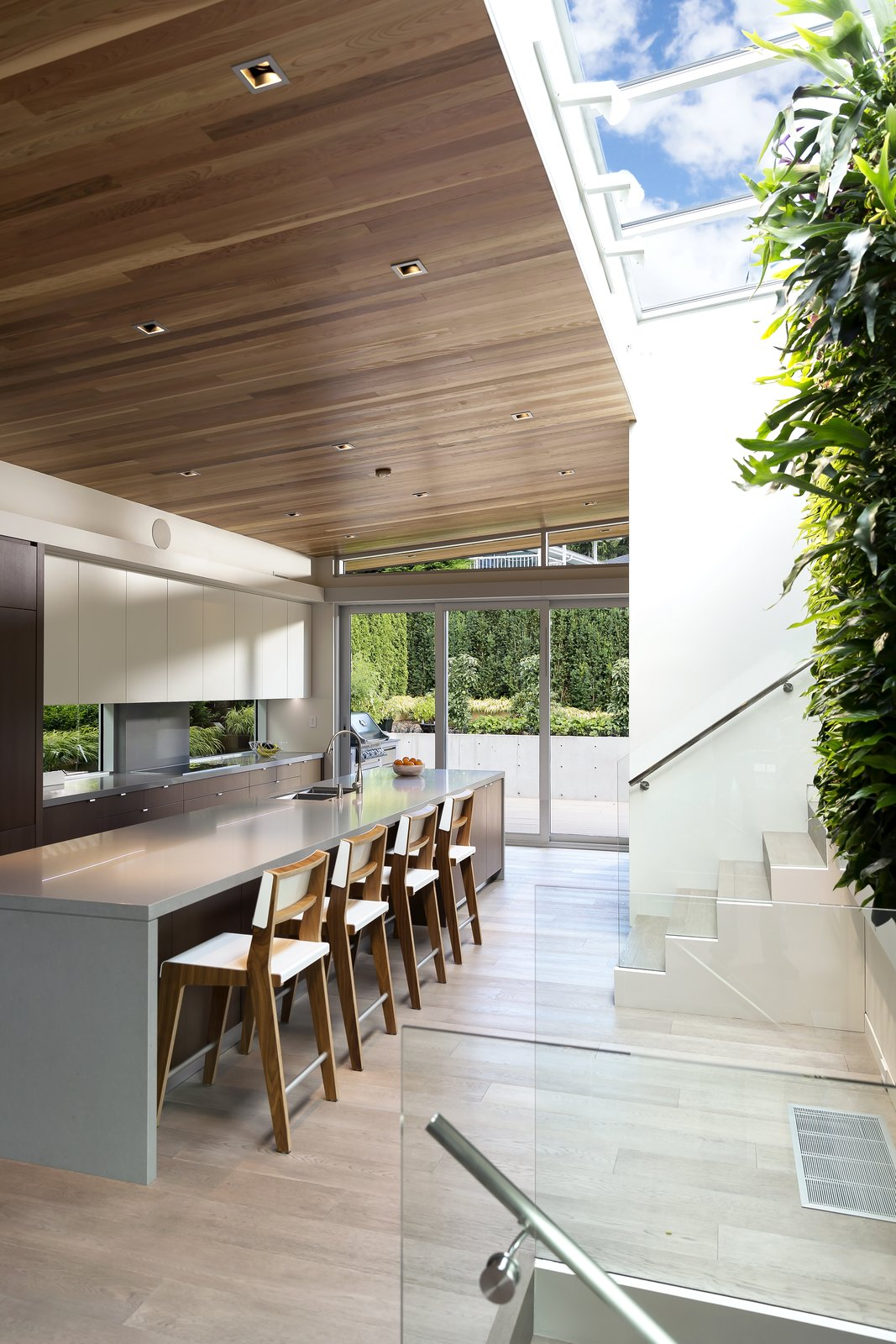 Garden Wall Residence, Kitchen  Garden Wall Residence by Garret Cord Werner