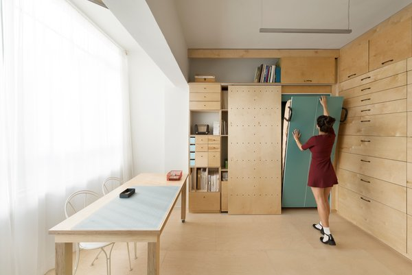 The modular shoveled and drawers were designed into four separate categories based on the measurement of each object.