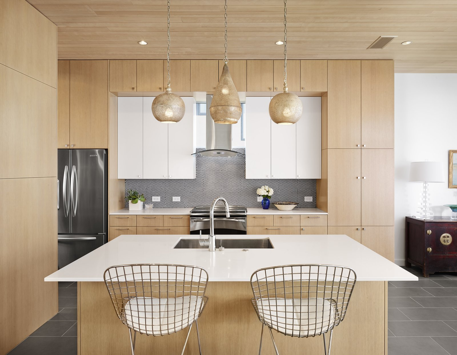 Kitchen  Lakeshore Residence by Texas Construction Company