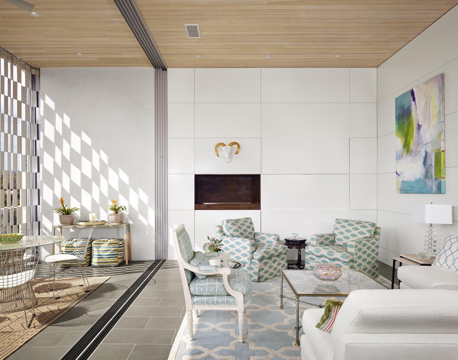 Livingroom  Lakeshore Residence by Texas Construction Company