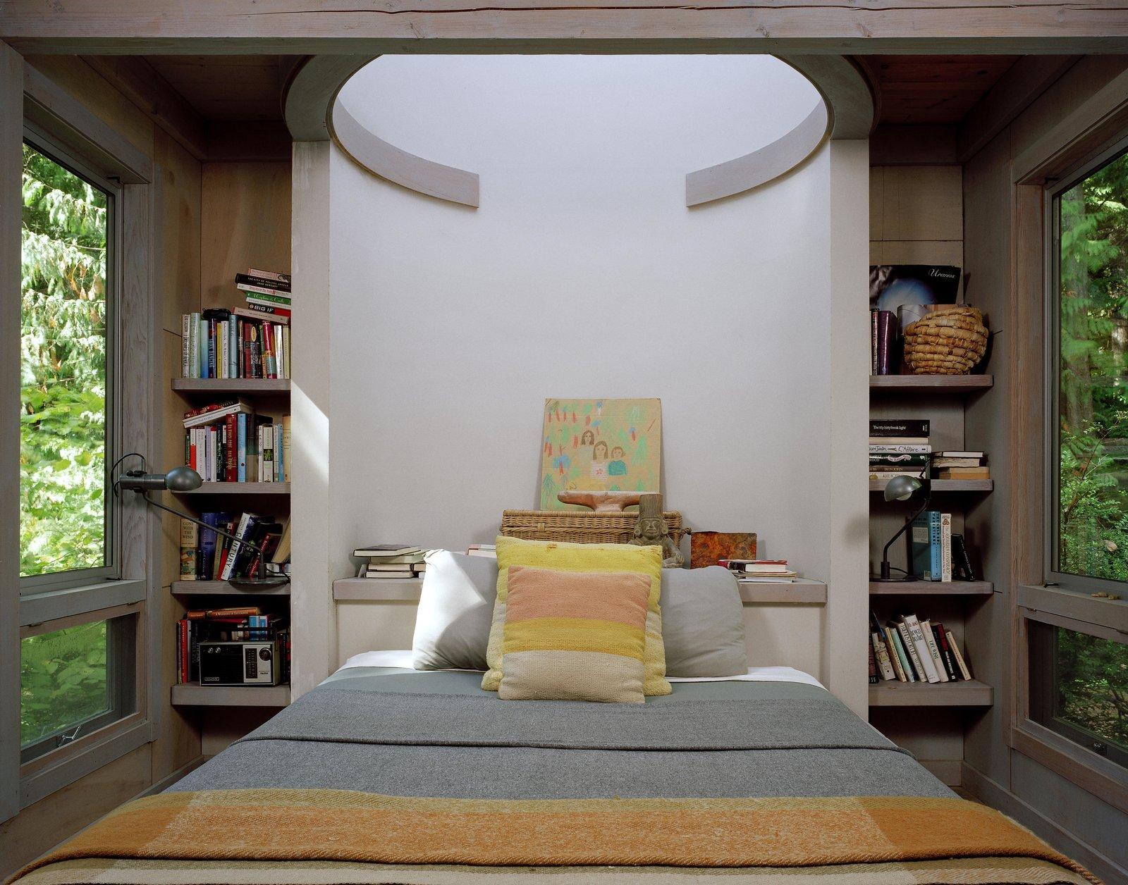 Bedroom and Bed Cabin at Longbranch | Olson Kundig  Cabin in Longbranch