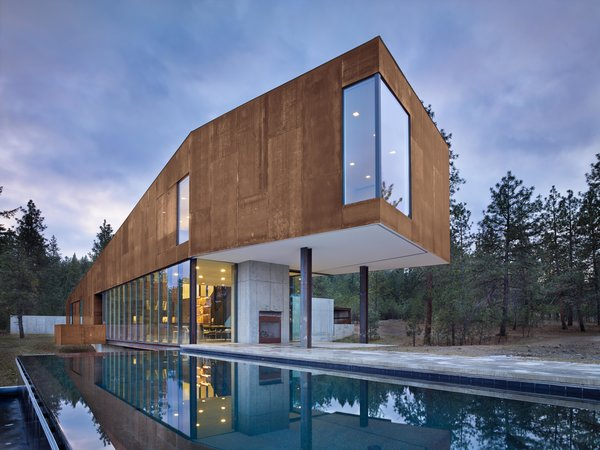 House Building Type, Metal Roof Material, Metal Siding Material, Outdoor, Infinity Pools, Tubs, Shower, Concrete Patio, Porch, Deck, Large Patio, Porch, Deck, Back Yard, and Side Yard Rimrock | Olson Kundig  Best Photos from Rimrock