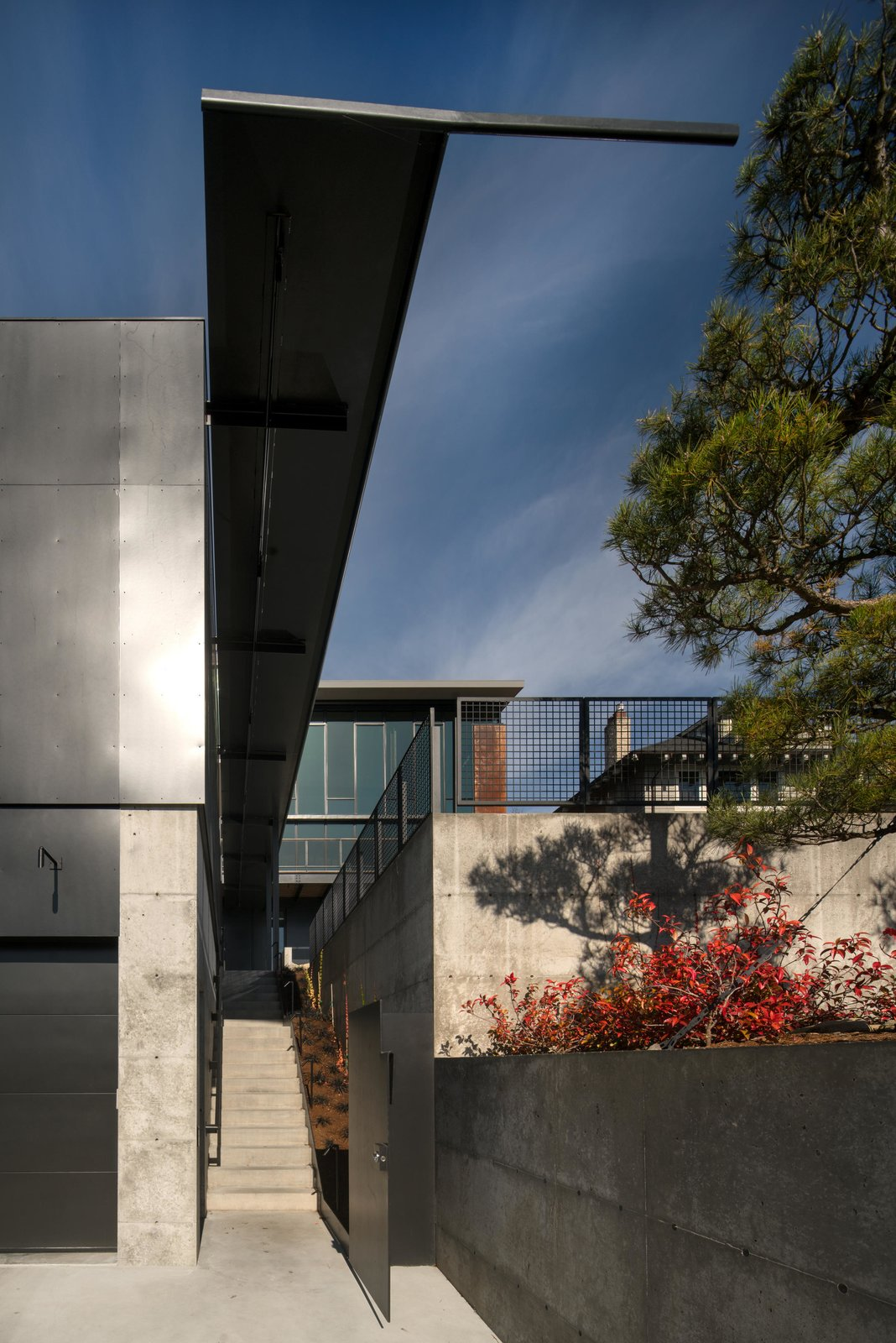 Exterior and House Building Type Meg Home | Olson Kundig  Meg Home by Olson Kundig