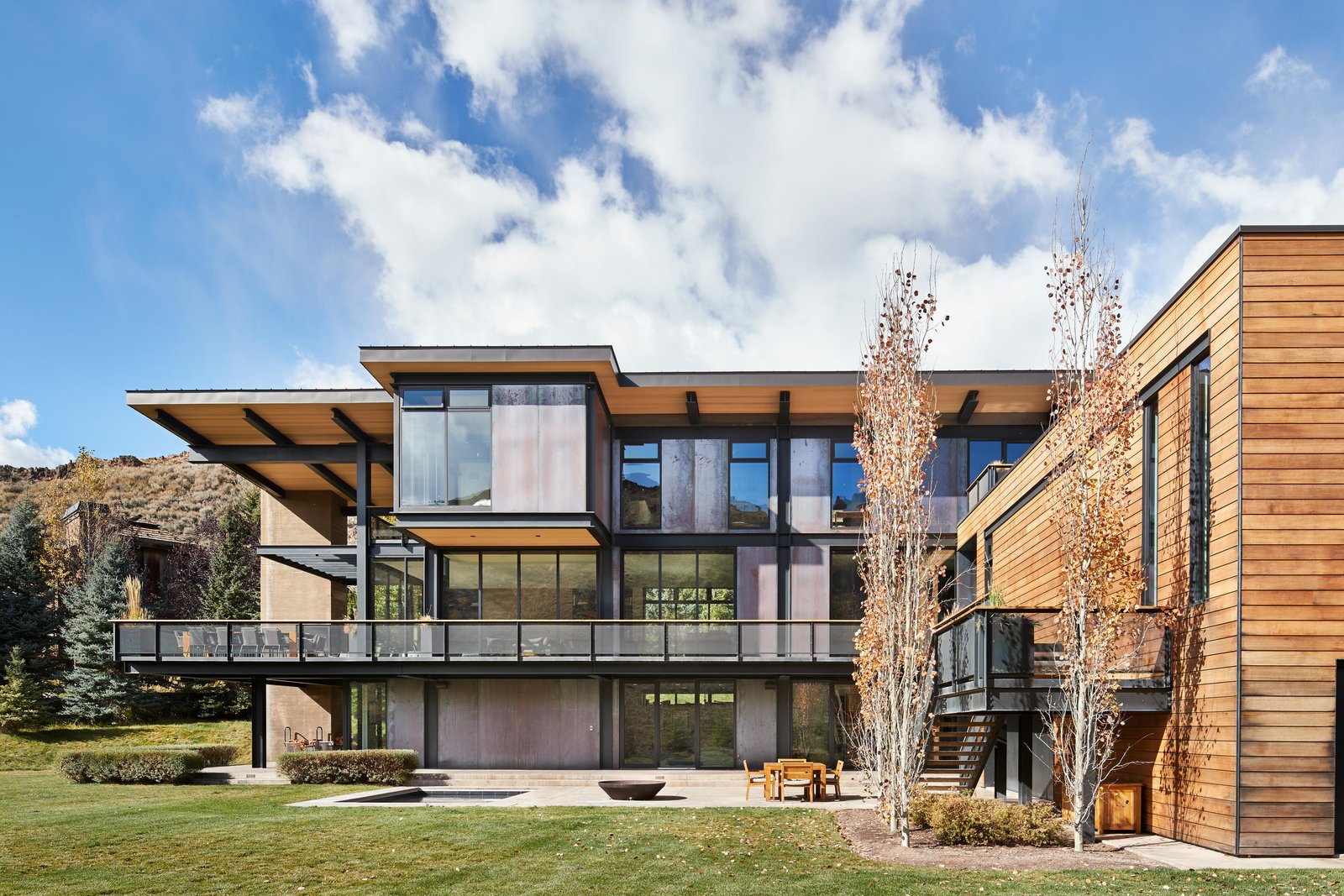 Exterior and House Building Type Lake Creek Residence | Olson Kundig  Lake Creek Residence by Olson Kundig