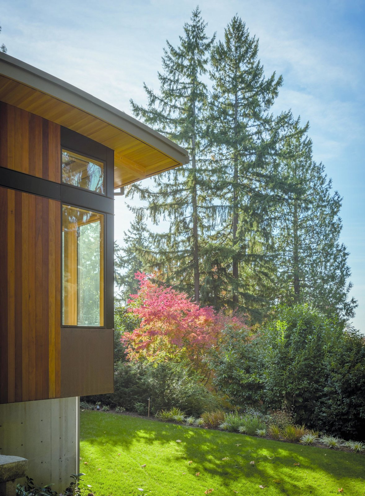 Exterior, House Building Type, Wood Siding Material, Curved RoofLine, and Concrete Siding Material Wave House   Olson Kundig  Wave House by Olson Kundig