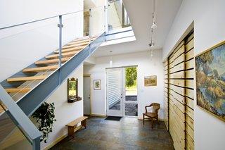 Gananoque Lake Road House - Front Foyer