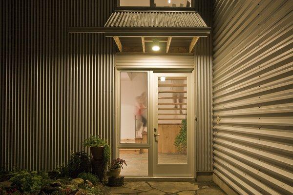 Gananoque Lake Road House - First Floor Exterior