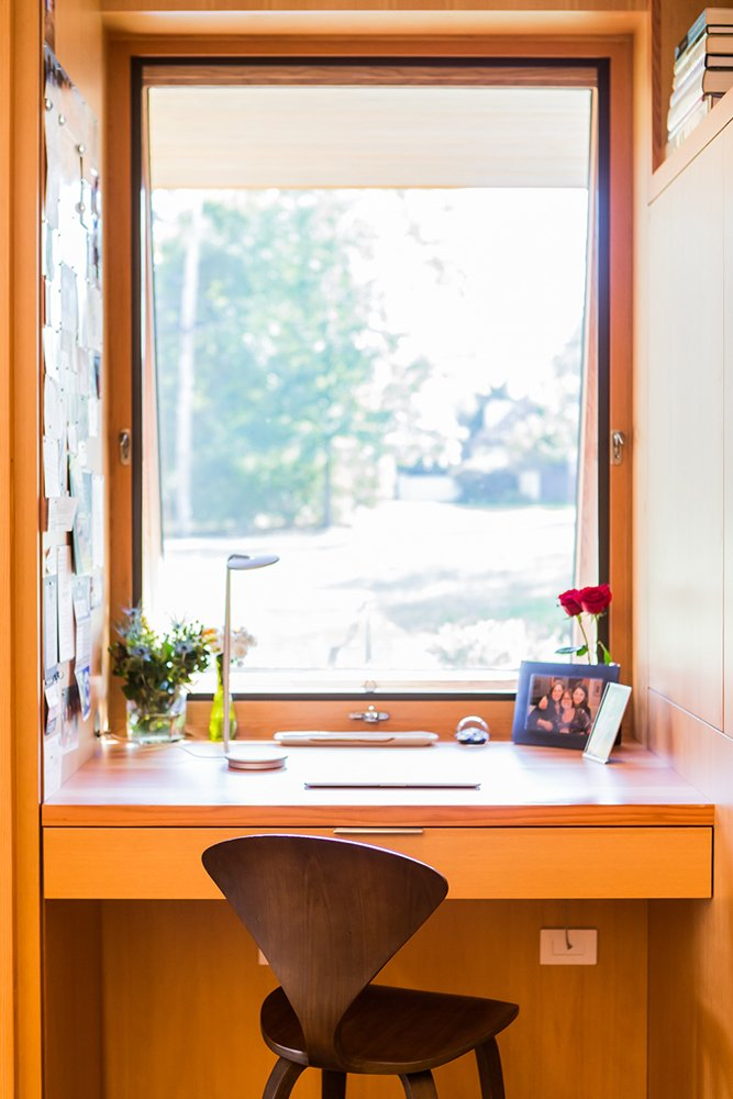 Kitchen desk look out over front yard   Gable House
