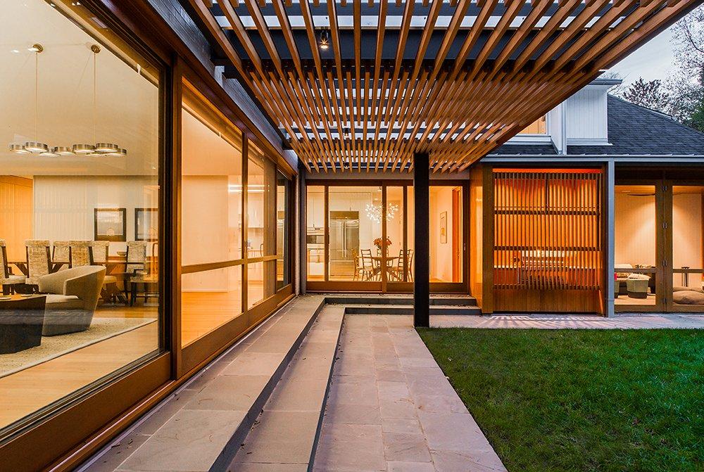 West Facing Terrace Arbor   Gable House
