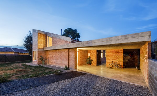 This Low-Impact Home Links a Family Closer to Each Other and the Spanish Landscape