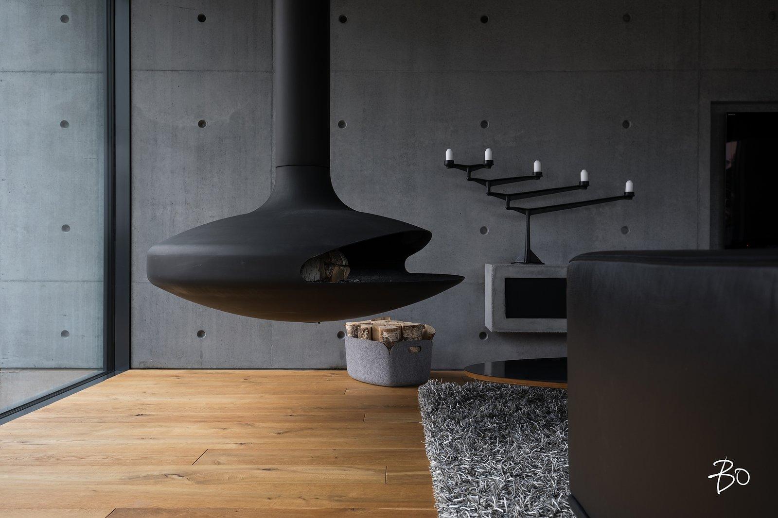 Living room fireplace / Gyrofocus  (Dominique Imbert 1968)  villAma