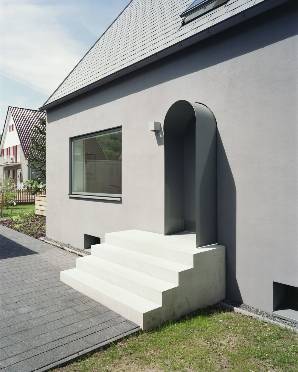 entrance stair Tagged: Concrete, Doors, Swing, Exterior, and Metal.  Best Doors Concrete Photos from Haus Mai
