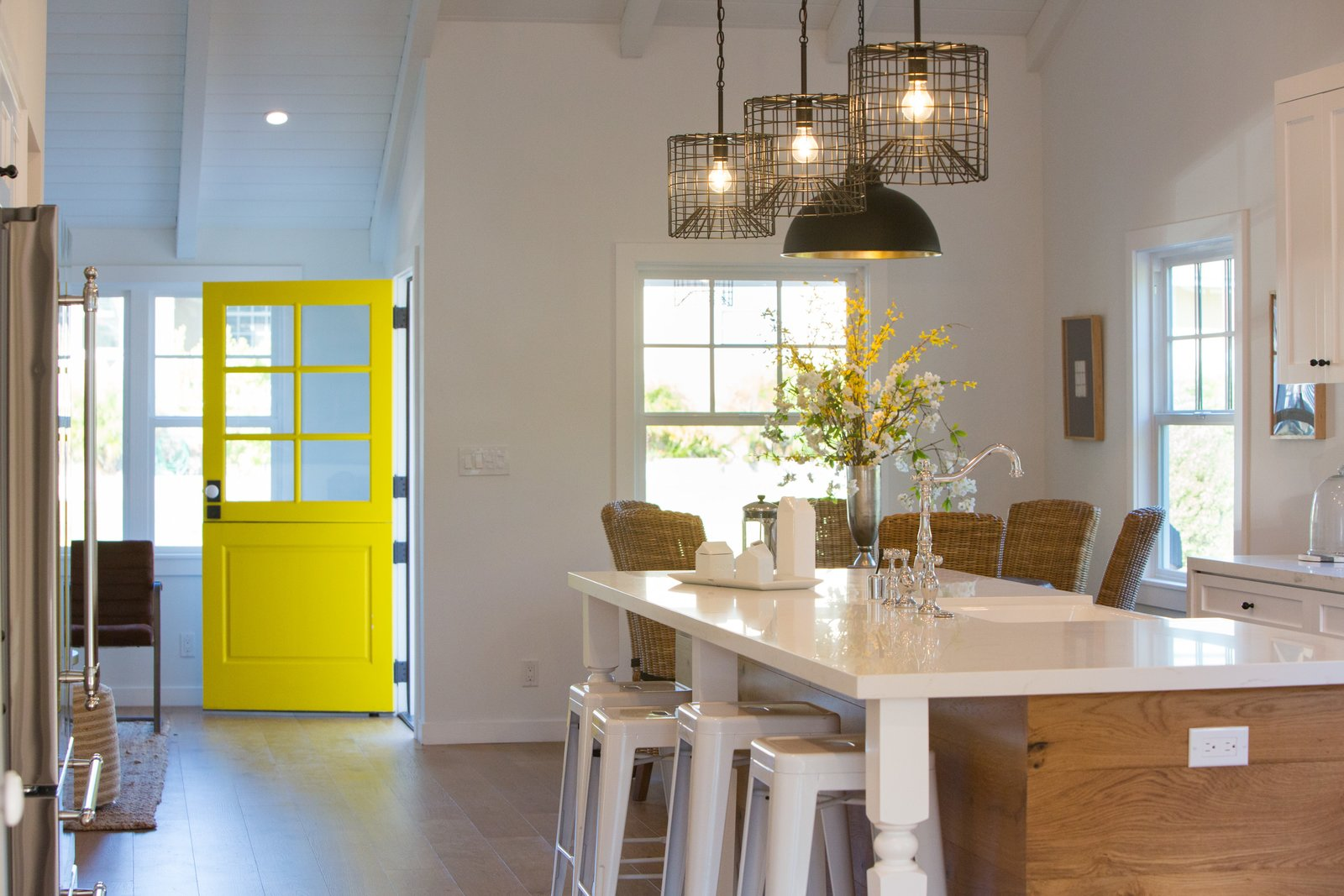 Photo 5 Of 5 In Modern Farmhouse By Christina Kretschmer High End Staging And Marshall Design Group Dwell