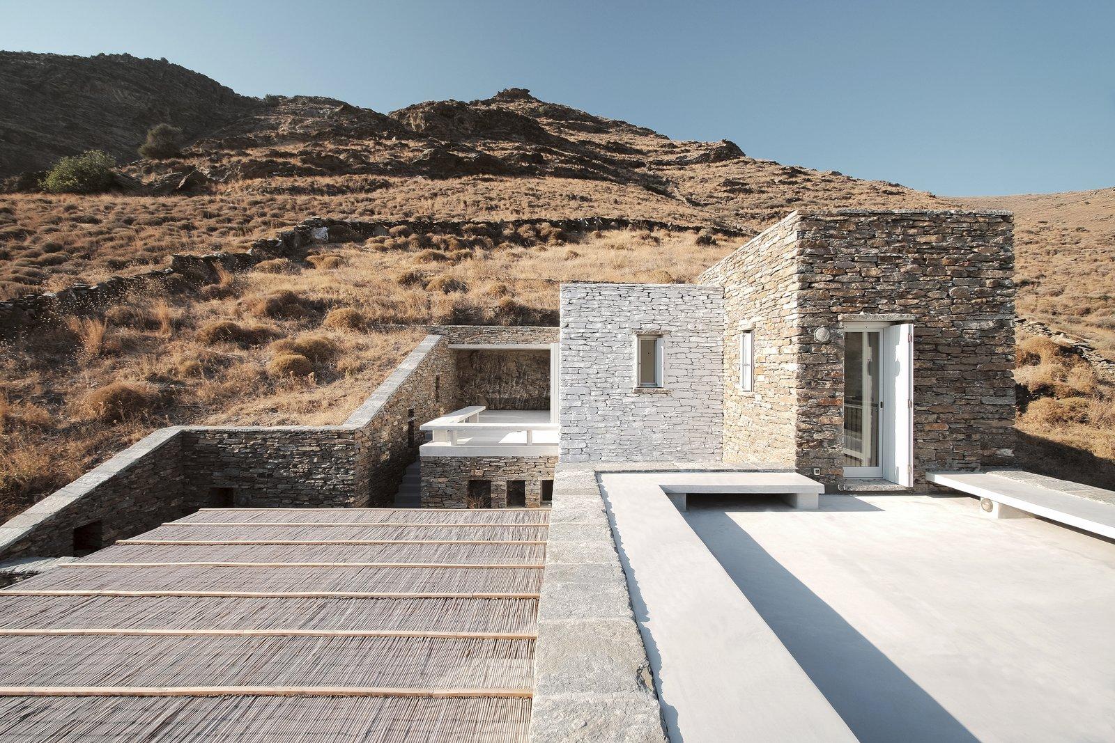 Double terrace views  ROCKSPLIT house by COMETA ARCHITECTS